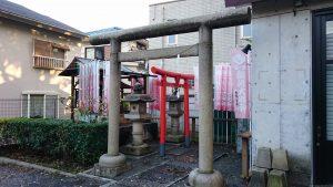 穏田神社 出世稲荷神社 鳥居