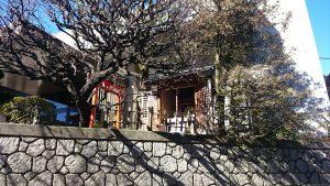 観世稲荷神社 全景