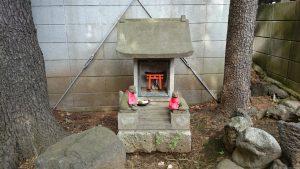 鳩森八幡神社 甲賀稲荷社 石祠