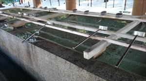 靖國神社 手水舎水盤