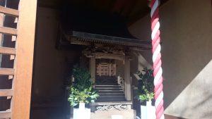 観世稲荷神社 社殿