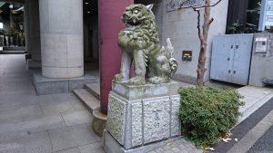 築土神社 社頭狛犬 (2)
