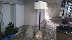 築土神社 力石
