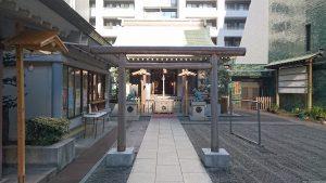 宮益御嶽神社 三の鳥居