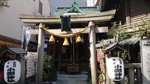 小網神社 鳥居・社殿