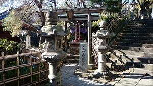 市谷亀岡八幡宮 金刀比羅神社