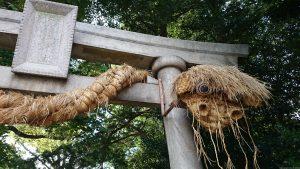 奥澤神社 厄除けの藁大蛇