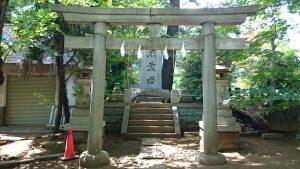 玉川神社 忠霊塔