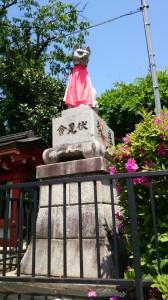 東伏見稲荷神社 眷属狐 (1)