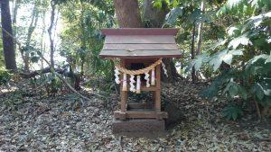 氷川女體神社 北側境内社 (2)