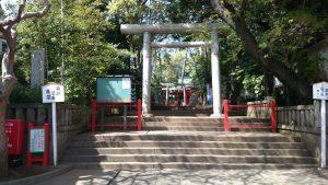 赤堤六所神社 一の鳥居