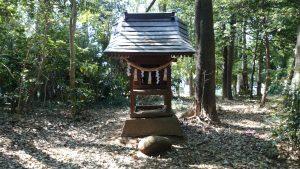 氷川女體神社 北側境内社 (1)