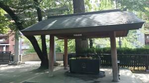 十二社熊野神社 手水舎