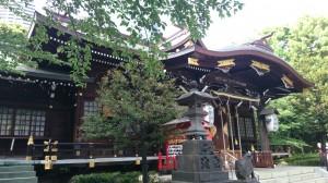十二社熊野神社 拝殿