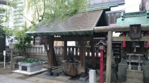 台東区下谷三島神社 手水舎