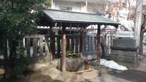 元三島神社 手水舎