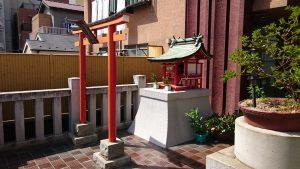本社三島神社 石稲荷神社・髪稲荷神社