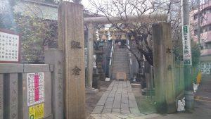 元三島神社 参道