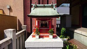 本社三島神社 石稲荷神社・髪稲荷神社 社殿