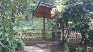 白金氷川神社 稲荷神社 (4)