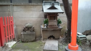 銀杏岡八幡神社 境内社此葉稲荷神社 (2)