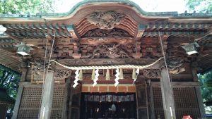 戸越八幡神社 向拝部分彫刻