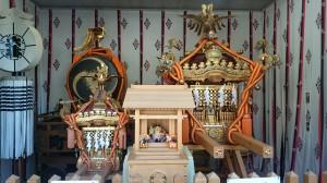 新田神社 神輿と恵比寿社