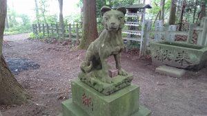 寶登山神社 奥宮 狼像 (1)