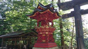 三峯神社 八棟灯籠
