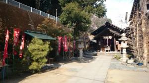 久國神社(久国神社) 拝殿前
