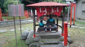 三圍神社(三囲神社) 老翁老嫗像