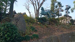 千束八幡神社(洗足池八幡宮) 名馬池月之像 (1)