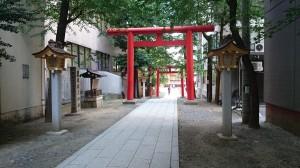 花園神社 南参道