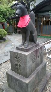 三圍神社(三囲神社) 眷属狐 (1)