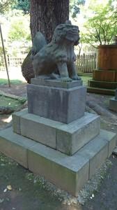 西向天神社 拝殿前狛犬 (1)
