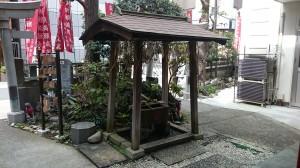 讃岐・小白稲荷神社 手水舎