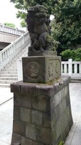 桐ヶ谷氷川神社 狛犬 (1)