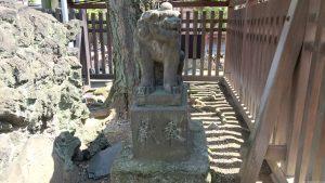 牛嶋神社 瑞垣内狛犬 (1)