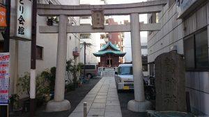 大森鷲神社 鳥居と社号碑