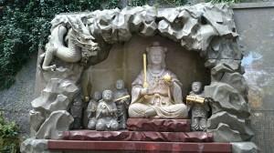 江島神社 弁財天童子石像