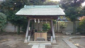 綾瀬稲荷神社 手水舎