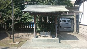 国領神社 手水舎