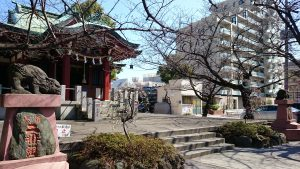 木場洲﨑神社 拝殿前