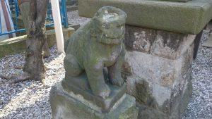 寄木神社 かっぱ狛犬 (1)