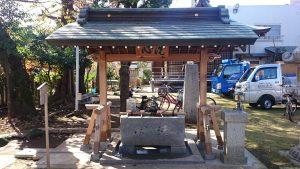三谷八幡神社 手水舎 (1)