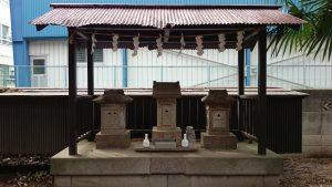 伊豆美神社 小石祠群 (2)