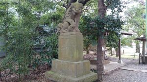 伊豆美神社 狛犬 (1)