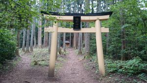 御岩神社 薩都神社中宮 (4)