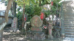 駒込富士神社 富士講碑群 (1)