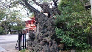 千葉神社 獅子児鍛錬像 (1)